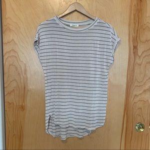 Cream & Black Stripe Tee Shirt Size Medium